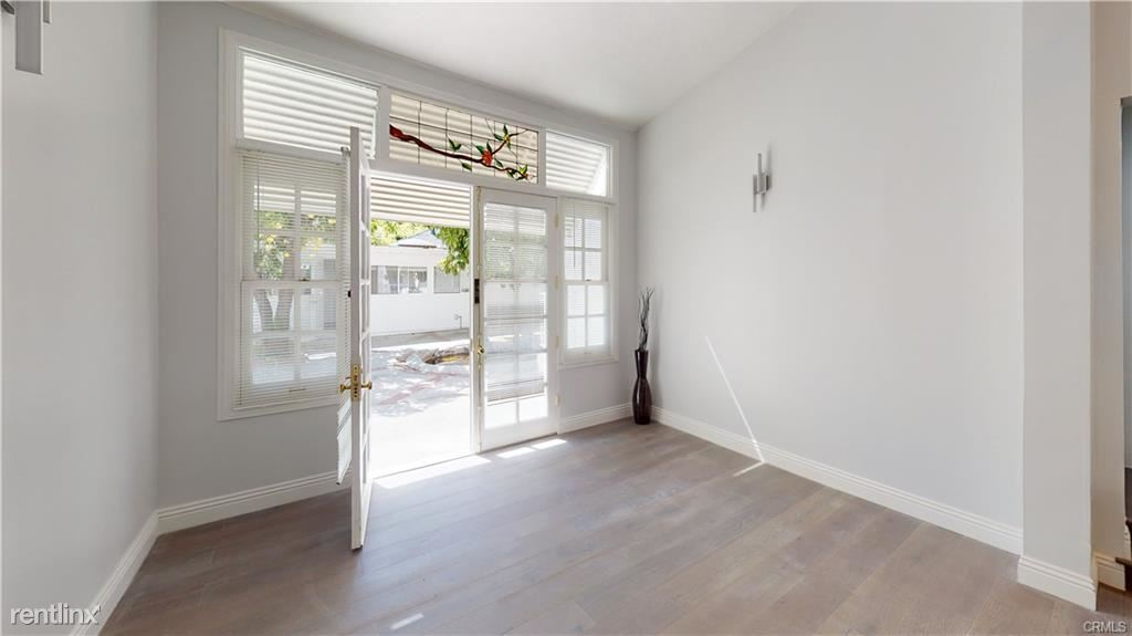 1541A N Stanley Ave, Los Angeles, CA - $9,800