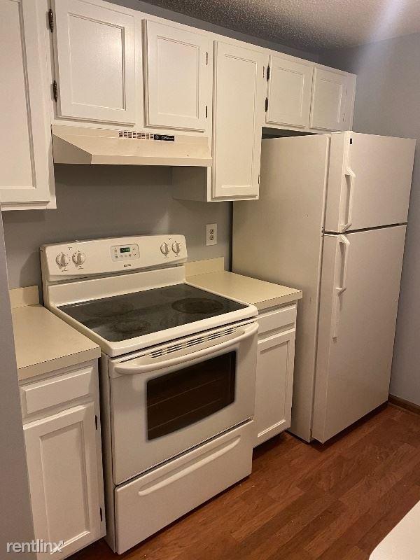 3905 Bowen Rd, Lancaster, NY - $950