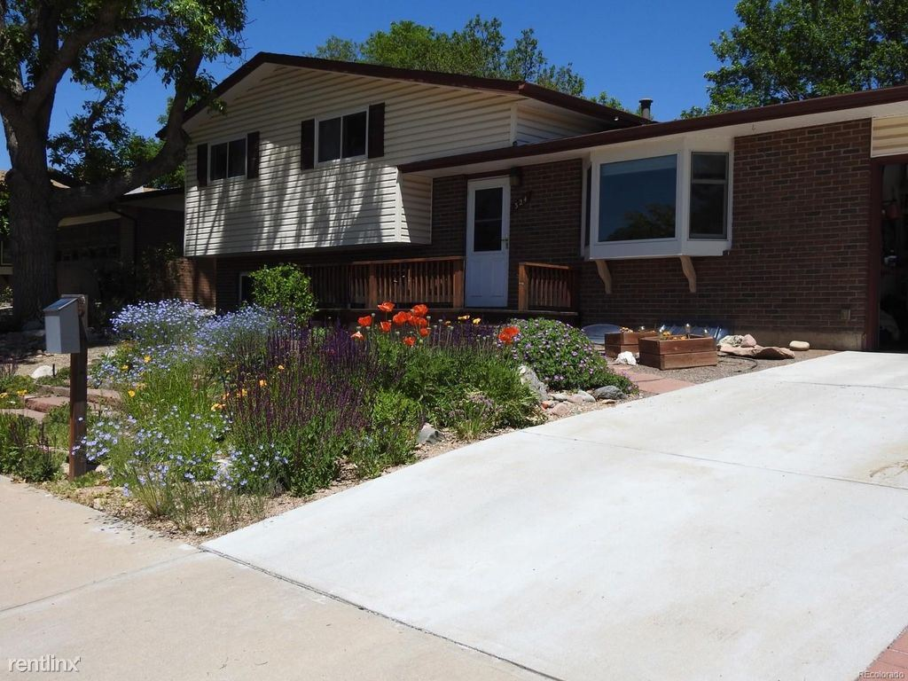 324 Pikes Peak Place, Longmont, CO - $2,800