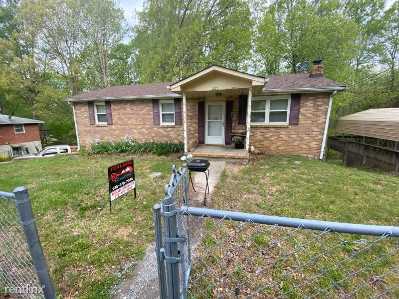 225 Stratton Blvd, Ashland City, TN - $1,300