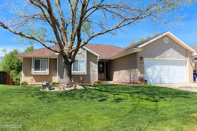 602 Florence ave, Firestone, CO - $2,100