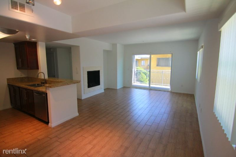 11925 Kling St 313, Valley Village, CA - $2,795