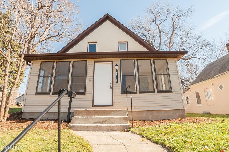 3915 Van Buren Street NE, Columbia Heights, MN - $1,699