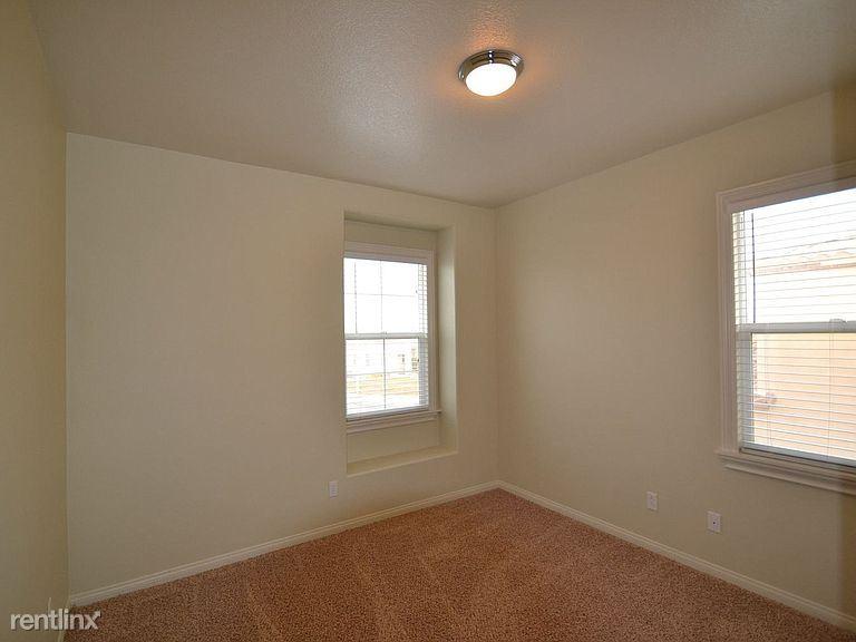 4200 Vahan Ct, Lancaster, CA - $1,800