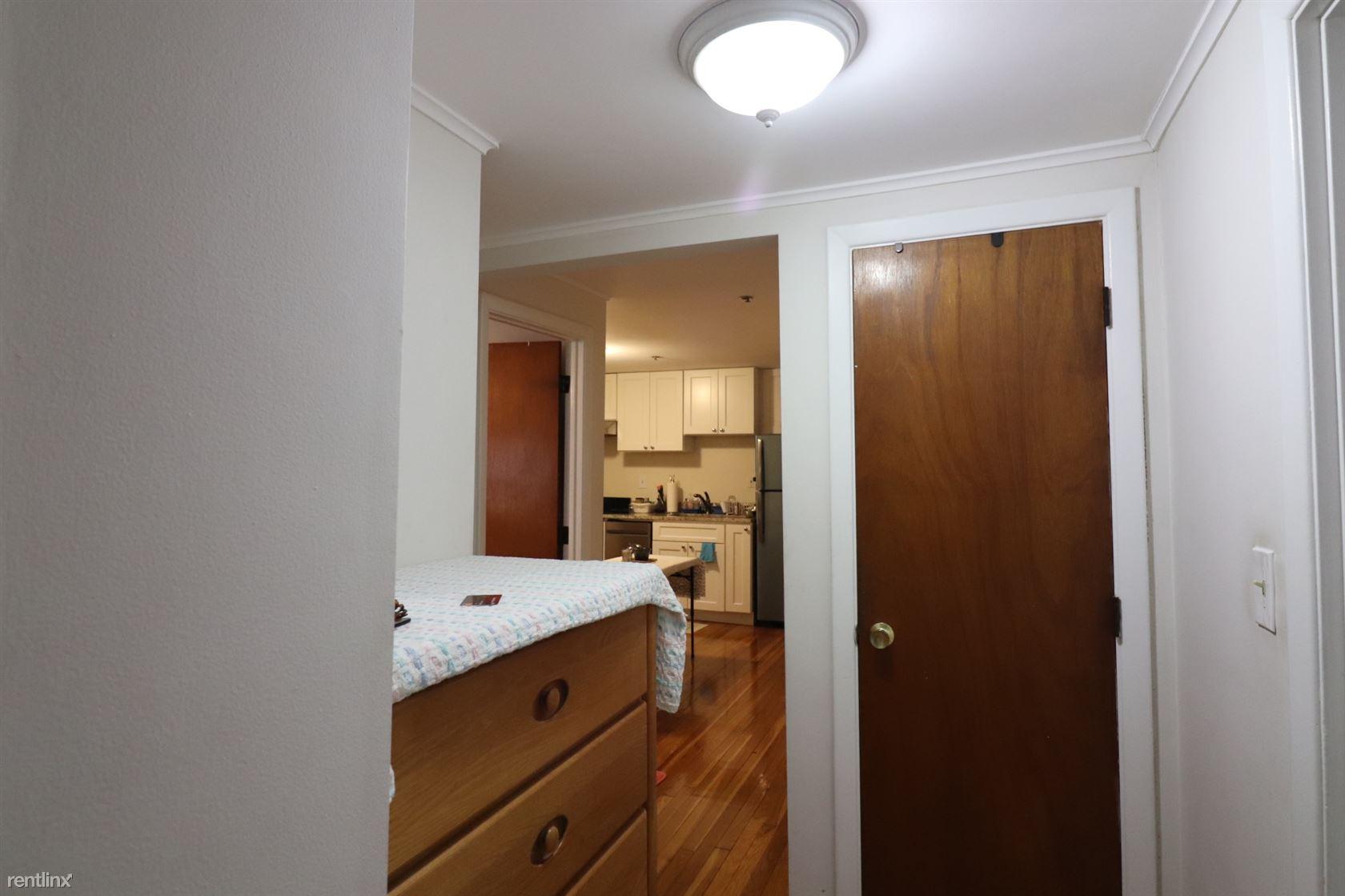1477 Beacon St. 101, Brookline, MA - $2,125