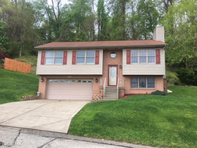 112 Farnsworth Avenue, Wilkins Twp, PA - $1,650