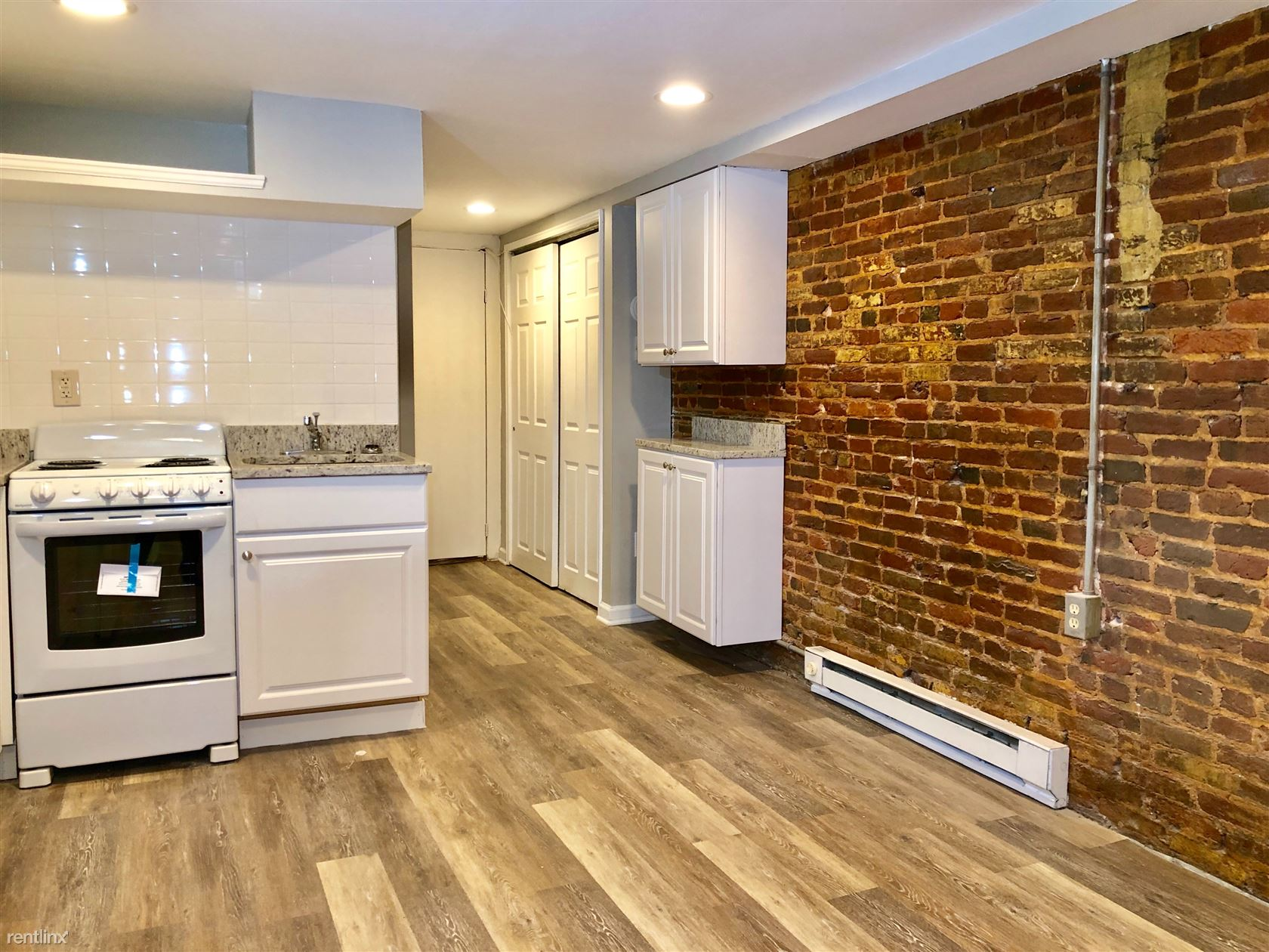 306 S Conkling St Unit 2, Baltimore, MD - $725