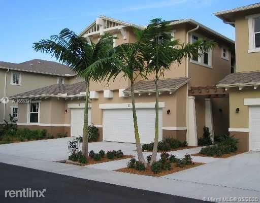 601 Pacific Grove Dr Unit 2, West Palm Beach, FL - $2,395