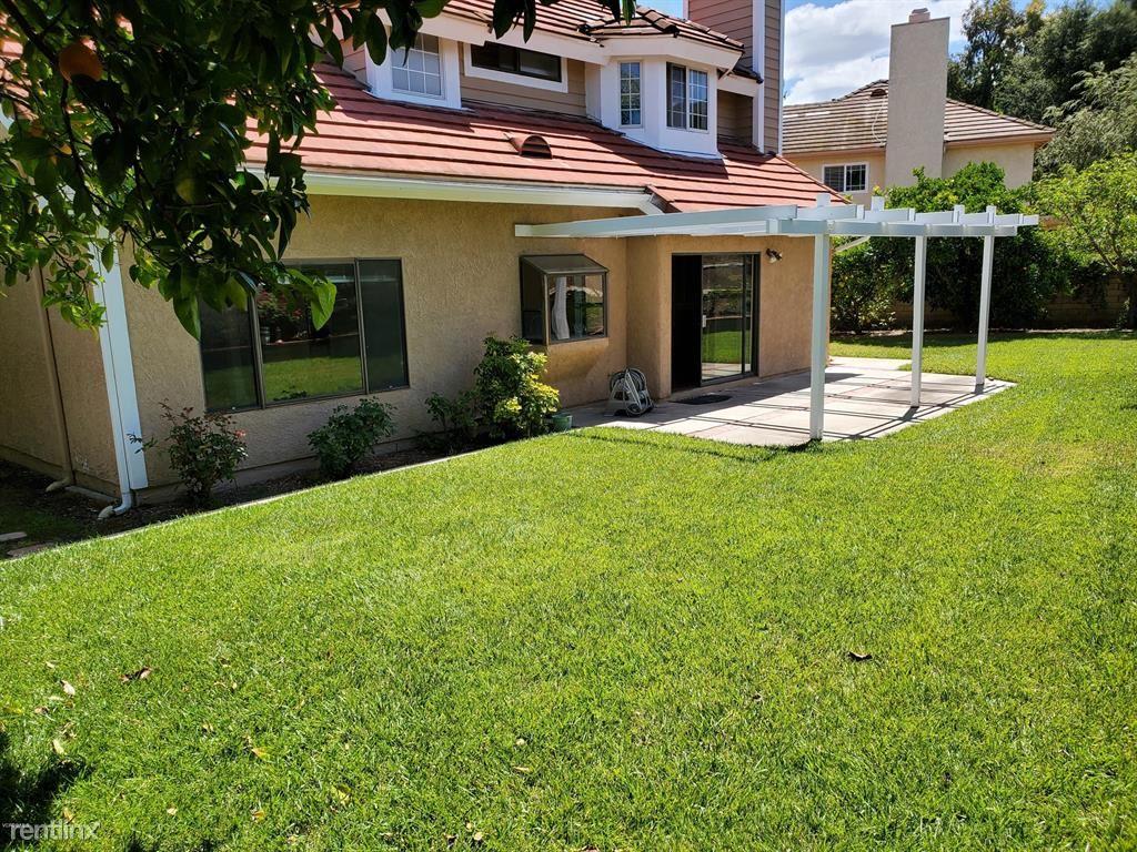 971 Lodestone Ct, Newbury Park, CA - $3,250