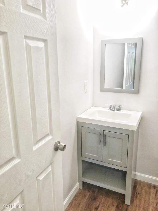 Whittier st 3, worcecester, MA - $1,550