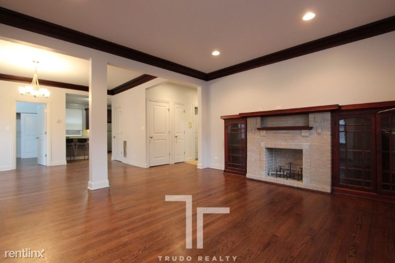 2820 N Mildred Ave, Chicago, IL - $1,960