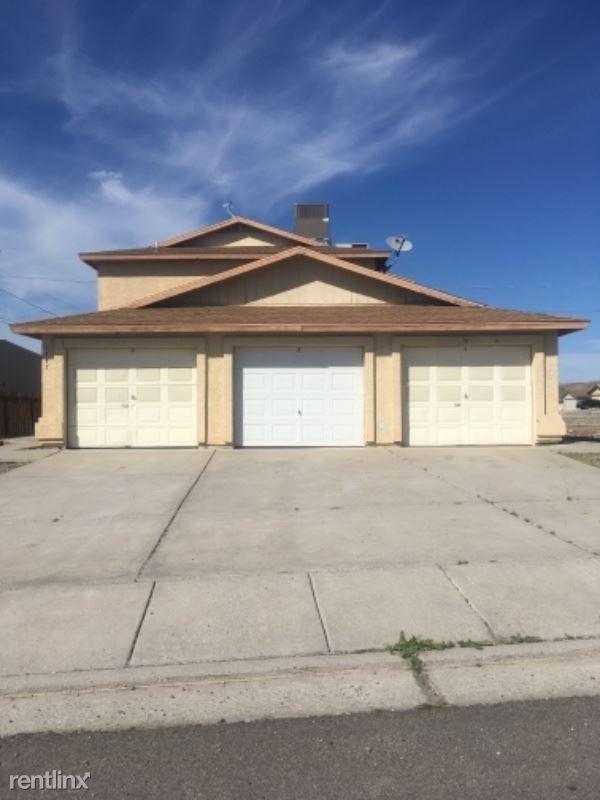 1777 Richardo Ave 1, Bullhead City, AZ - $850