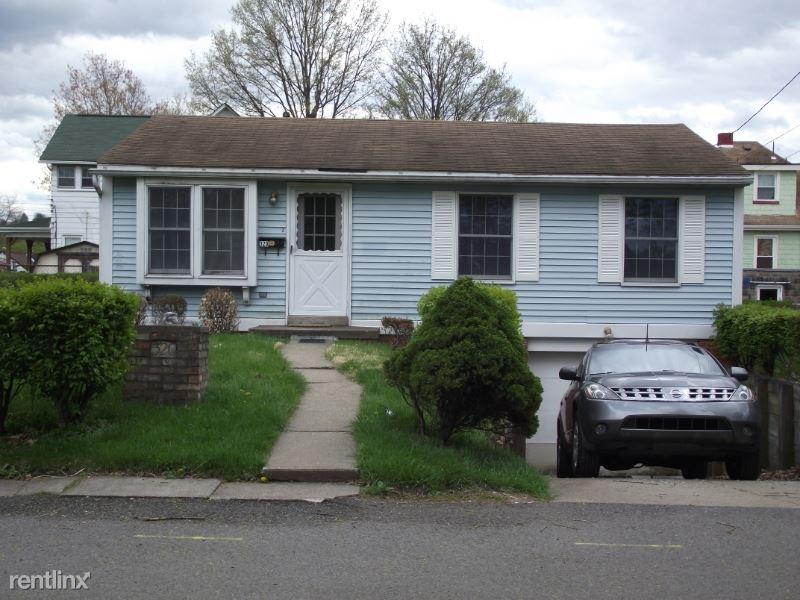 320 Dawson Avenue, Carnegie, PA - $1,250