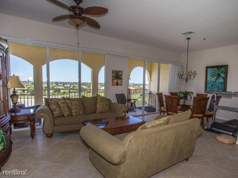 886 Park Ave 501, Marco Island, FL - $3,500
