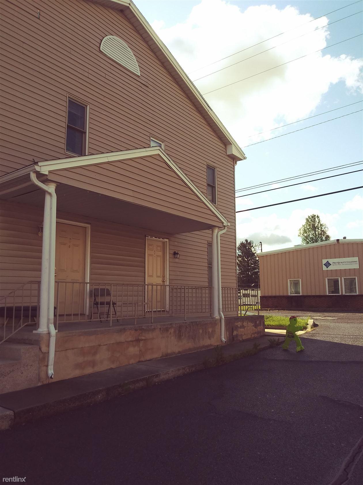 105 East Allen Street, Mechanicsburg, PA - $1,100