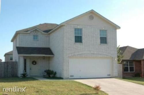 8163 Heights Vly, Converse, TX - $1,425