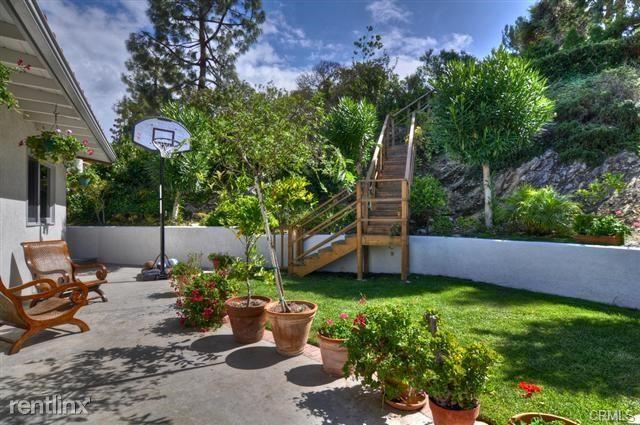 2136 Via Estudillo, Palos Verdes Estates, CA - $5,450