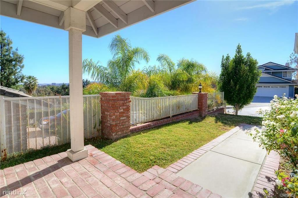 23245 W Vail Dr, West Hills, CA - $3,500