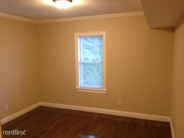 39 Glen Rd Apt 3, Jamaica Plain, MA - $4,000