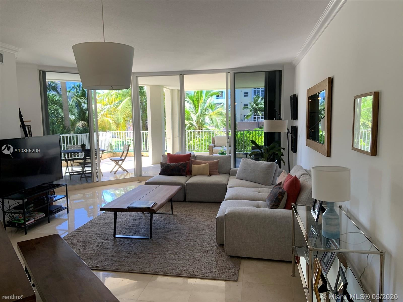 705 Crandon Blvd Apt 206, Key Biscayne, FL - $5,000