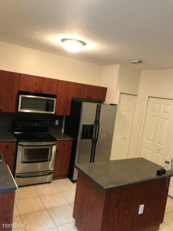 3054 SE 15 ave, Homestead, FL - $1,350