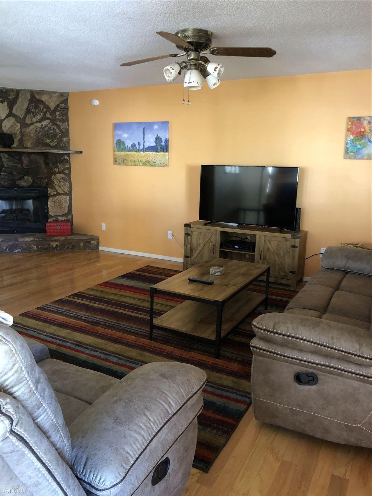 2531 Hamilton Rd, Alamogordo, NM - $2,250