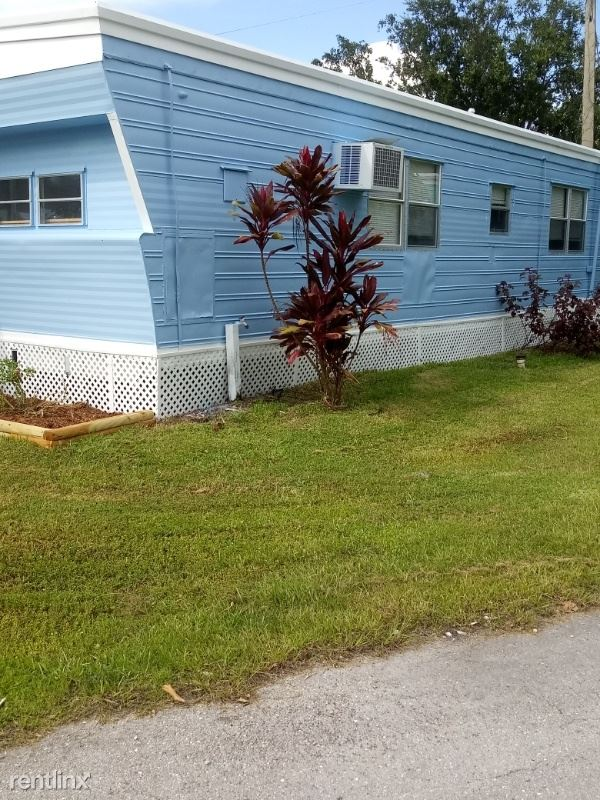 1064 N. Tamiami Tr. 32, North Fort Myers, FL - $1,100