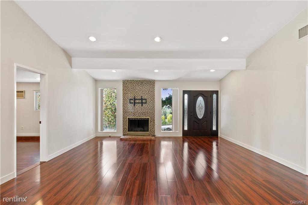 22674 Waterbury St, Woodland Hills, CA - $5,900
