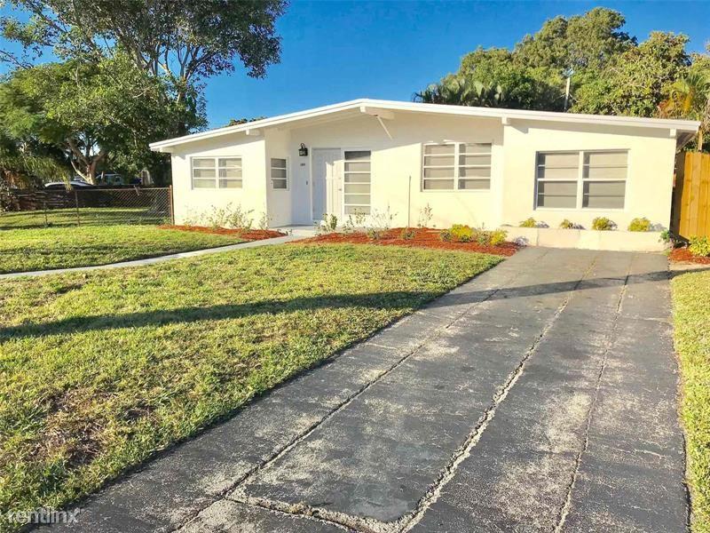 1571 NE 44th St, Pompano Beach, FL - $1,865