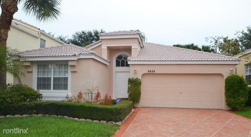 6634 Waverly Ln, Lake Worth, FL - $2,100