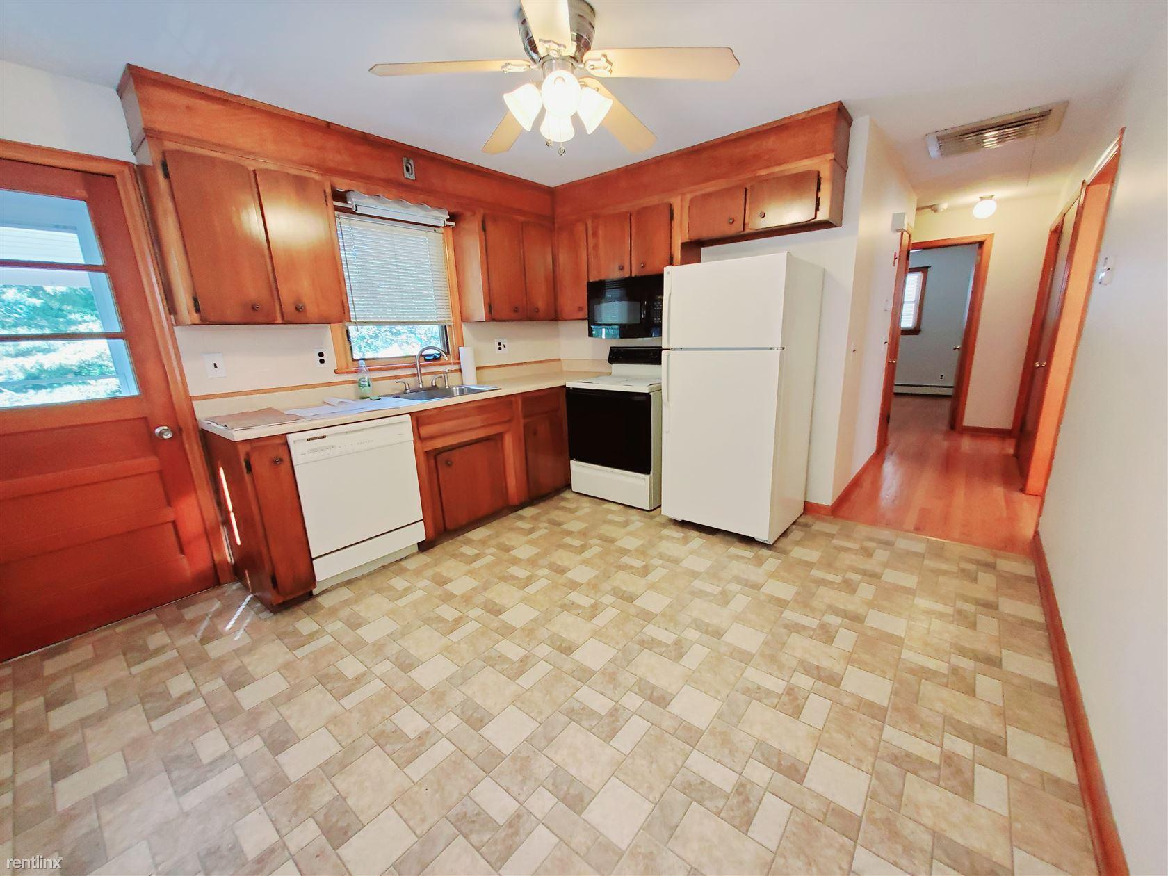 Michael St., Norwalk, CT - $1,750