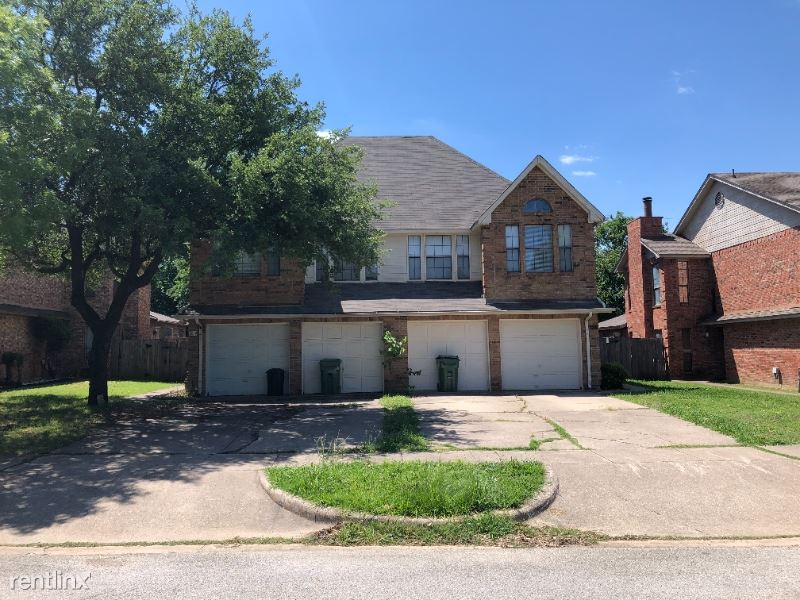 1231 W Hudgins St, Grapevine, TX - $1,795