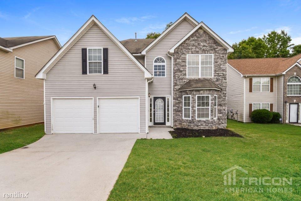 11651 Kades Trail, Hampton, GA - $1,655