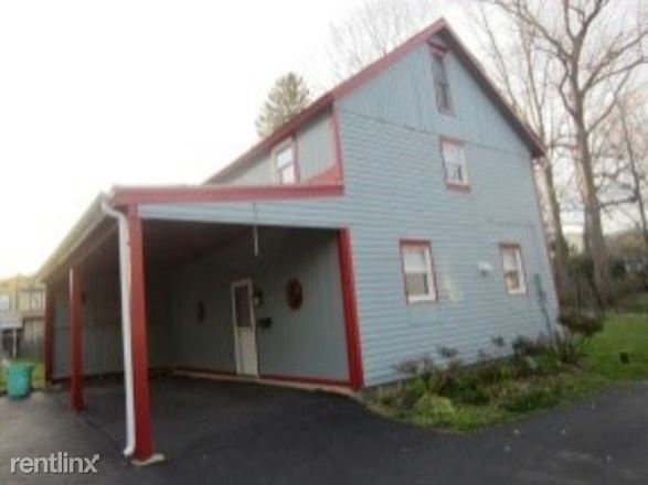 32 N. Lincoln Ave Rear, Newtown, PA - $1,995