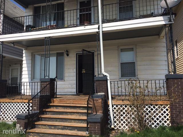 2425 Holbrook St, Hamtramck, MI - $700