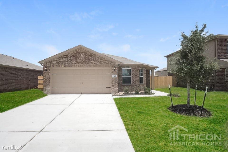 313 Summer Horse Drive, La Marque, TX - $1,799