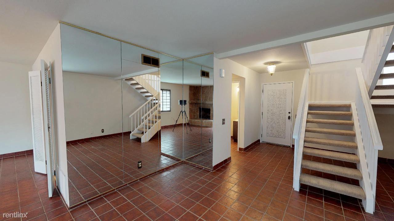 Erris Ct, Duhallow Way, South San Francisco, South San Francisco, CA - $1,240