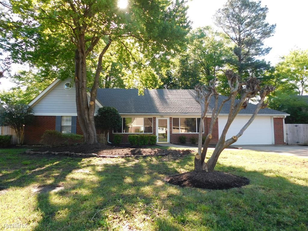 6328 Cherokee Dr, Olive Branch, MS - $1,599