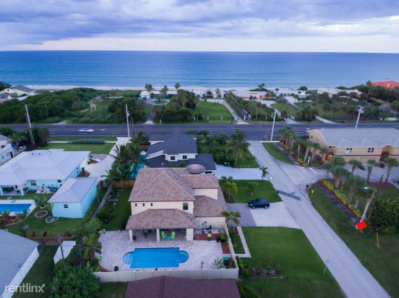 110 Poinsetta St, Indialantic, FL - $5,000