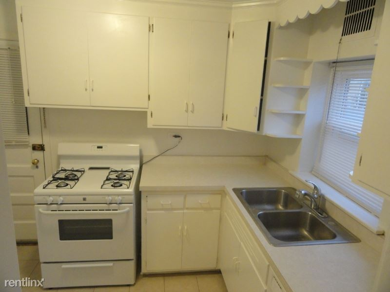371 Central Ave 2W, Highland Park, IL - $1,475