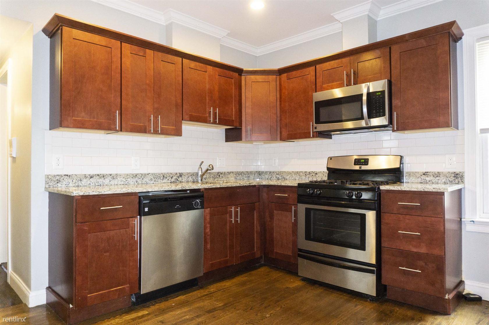 47 Beech Glen St Apt 1-2, Boston, MA - $6,500