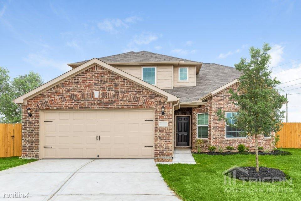 228 Comanche Plains Drive, La Marque, TX - $1,957