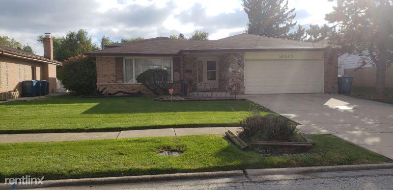16845 Ingleside Avenue, South Holland, IL - $2,400