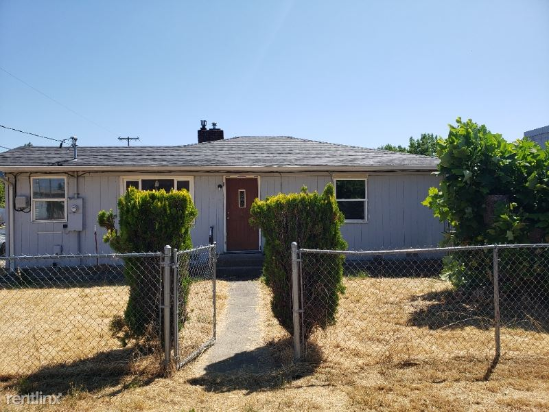 160 Rose Ave, Winston, OR - $1,400