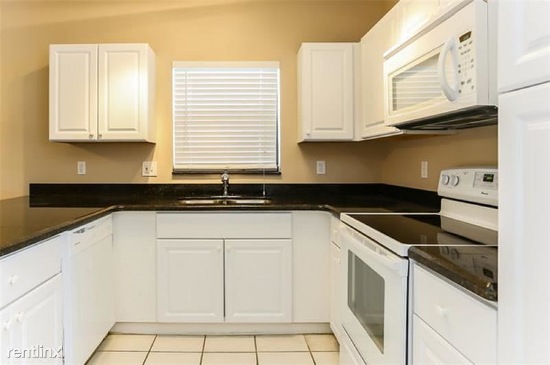 11149 NW 34th Ct, Coral Springs, FL - $2,275
