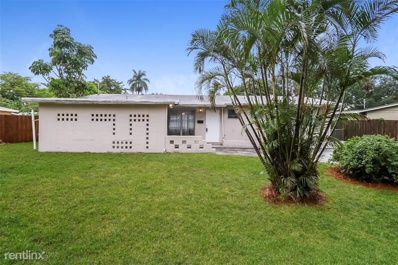 331 NW 49th Ave, Plantation, FL - $2,275