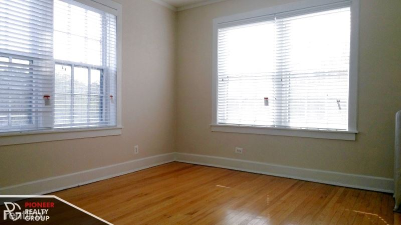 201 N Kedzie Ave 209-2a, Evanston, IL - $1,930