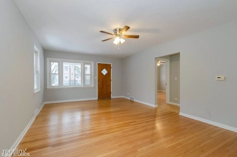 1657 Green Bay Rd H, Highland Park, IL - $2,250