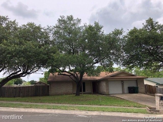 6003 Creekway - 1575USD / month