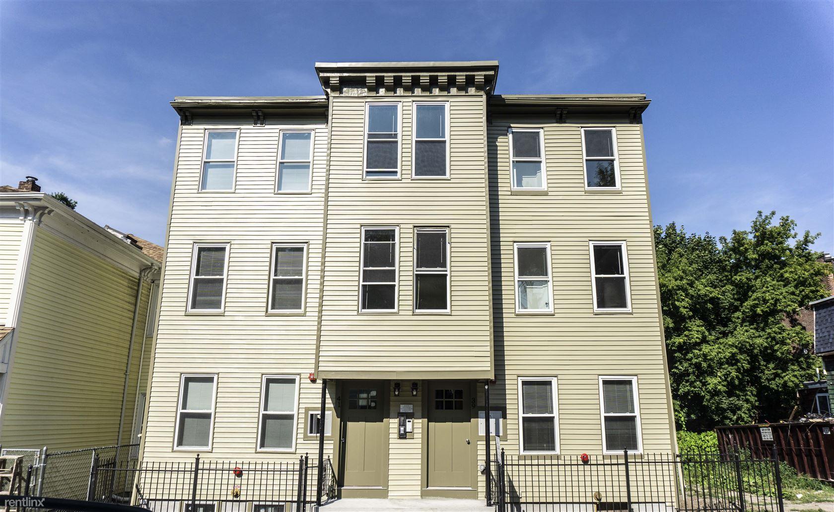 39 W Walnut Park Apt 3, Roxbury, MA - $2,700 USD/ month